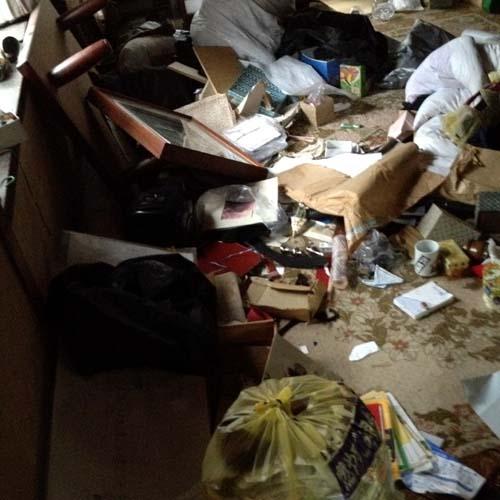 京都市上京区のゴミ屋敷片付け清掃前3